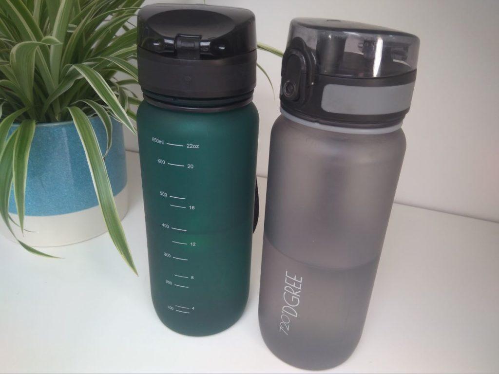 Hübsch und praktisch ist die Wasserflasche von 720 dgree