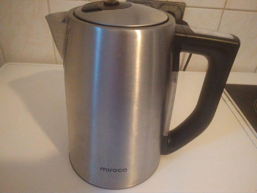 Miroco Wasserkocher ohne Plastik mit Temperatureinstellung