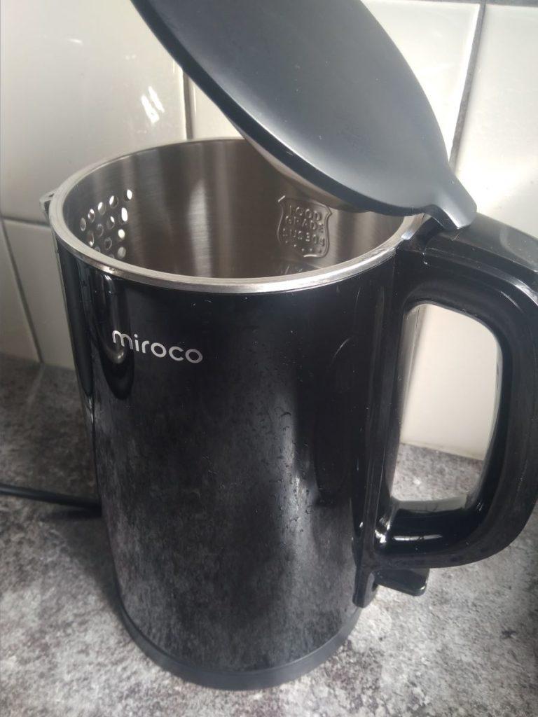 Miroco Wasserkocher geöffnet